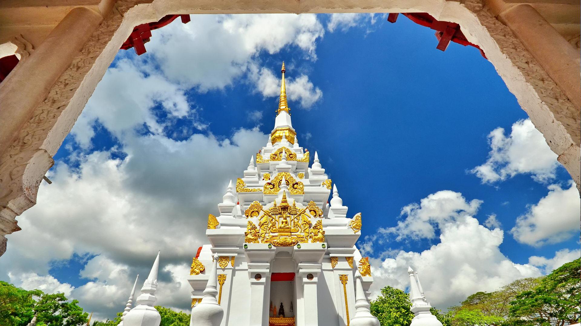 วัดพระบรมธาตุไชยาราชวรวิหาร จ.สุราษฎร์ธานี : ธรรมะไทย